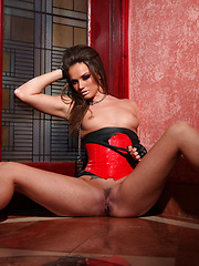 Lesbian kink with Tori Black and Ann Marie Rios